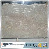 Un grande marmo dorato cinese del fiore delle mattonelle spesse di 10mm per la pavimentazione, decorazione della parete