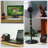 Het draagbare ZonneSysteem van de Verlichting van het Huis van de Generator van de Omschakelaar van de Generator 100W Zonne met LEIDENE Bollen