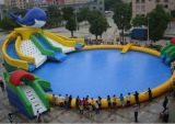 Inflatable di galleggiamento Water Parks con Large Pool e Slide