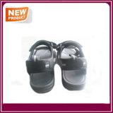 Chaussures neuves de santal de plage de modèle d'été