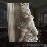 Grande figura scultura del camino del marmo di colore giallo del reticolo