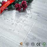 Precio barato laminados pisos de madera de roble de 8 mm
