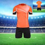 Uniformes à séchage rapide Jersey du football d'usure de sports