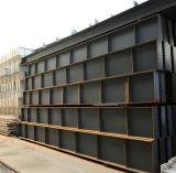 Marco de acero del edificio estructural moderno