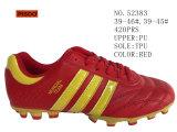 La couleur rouge pu les hommes de la taille des chaussures de football