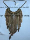 Collana placcata oro con i monili dell'elemento di modo della nappa del metallo