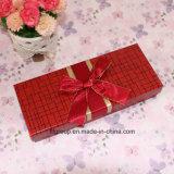 リボンと包むチョコレートのための良い品質の紙箱