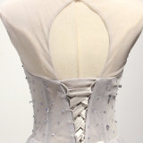 Graues bördelndes Tulle eine Zeile Brautjunfer-Abend-Kleid