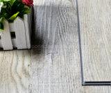 Tuile de vinyle de cliquetis européen de type et plancher de luxe de planche