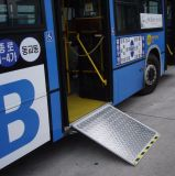 Colocar a rampa da Cadeira de cadeira de rodas eléctrica rampa para barramento com Certificado CE