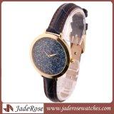 De nieuwe Waterdichte Horloges van het Ontwerp, Kleurrijke Dame Quartz Watch met de Slanke Riem van het Leer