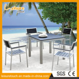 Outdoor Leisure Garden Furniture 2 Pessoas que Orthogon Table and Chair for Plastic Wood