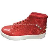 Nieuwe Aankomst Dame Injection Leisure Shoes PU Schoenen voor Vrouwen (YJ1216-18)