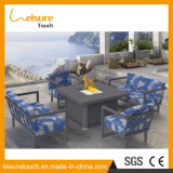 Hôtel moderne restaurant Fire Pit en osier de plein air Table et chaise de salle à manger Home Meubles Meubles en rotin
