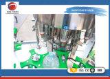 フルオートマチックの完全なペットびん液体の満ちる装置または水充填機
