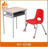 Solo Aula madera escritorio con silla de plástico