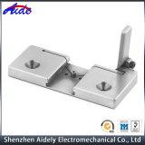 Pieza de maquinaria por encargo del CNC del aluminio para el equipamiento médico