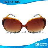 Nieuwe Model Populaire Heldere Lichte Slanke Plastic Zonnebril voor Vrouwen