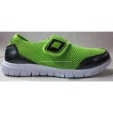 Slip-on ягнится ботинки с ботинками детей ботинок ткани сетки