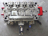 高精度のカムスライドが付いている複雑にされた構造のプラスチック注入型