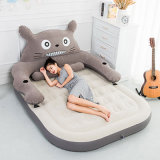 Le modèle neuf s'est assemblé l'ours gonflable Airbed de dessin animé de PVC