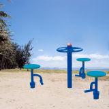 El doble de sentarse arriba de los niños de la Junta de equipos de gimnasia al aire libre
