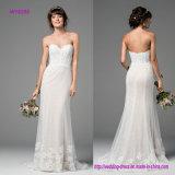Exposé désossant la robe de mariage de corsage avec le bord accueilli au lacet doux