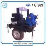 Uno mismo que prepara la bomba centrífuga del dren de la suciedad del motor diesel con el acoplado