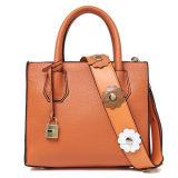 Sac à main en cuir réel de sacs d'épaule d'emballage de femmes du plus défunt type avec la courroie large Emg5107 de fleur