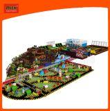 Mich Kind-Spielzeug-Plastikspielplatz scherzt Spielplatz