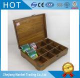 L'annata ha rifinito la scatola di di legno il tè dei 12 scompartimenti