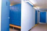 La salle de bains en bois de Fmh HPL divise des portes de compartiment