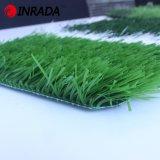 Het natuurlijke Groene Kunstmatige Gras van de Voetbal