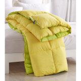 厚い高品質の羽毛布団、ボックスによってステッチされるキルトの慰める人が付いているMicrofiberのシェル