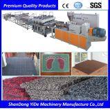 Pulvérisés en plastique de la fibre de coco sur le fil machine de fabrication de tapis