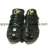 Concevoir les entraîneurs uniques en caoutchouc plats de chaussures de base-ball de gazon de Mens