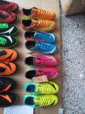 Qualität für Fußball-Schuhe, Fußball-Schuhe, Fußball-Schuhe der Männer, Fußball-Schuhe der Kinder, 10000pairs