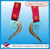 Medalla del metal de la concesión de los deportes de la dimensión de una variable de la insignia de la aleación del cinc del diseño de la manera