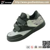 Le raie en cuir classique de noir de chaussures occasionnelles d'espadrille chausse 16043-3