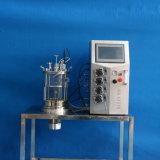 10 liter van het Glas Ferenters (het magnetische bewegen) op het Bureau