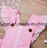 かわいい新生の女の赤ちゃんの背部が開いたひだボタンの夏のロンパースのBodysuitの用品類