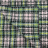 Светлая шинель ткани шерстей проверки пряжи