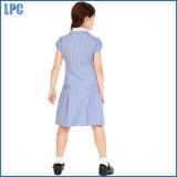 Круглая парадная форма одежды рубашки шеи для маленькой девочки