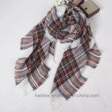 De klassieke Sjaal van het Kasjmier van de Controle van het Geruite Schotse wollen stof Imitatie Vierkante/AcrylSjaal (HWBA102)
