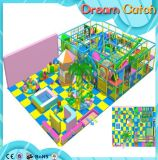 Schöner Vergnügungspark-themenorientierter Innenkind-Spiel-Bereich
