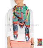 Neues Entwurfs-Form-Quadrat-Silk Satin-Schal für Dame