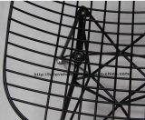 Le restaurant en métal de reproduction démantèlent la présidence latérale d'Eames de fil noir