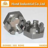 DIN937 mince hexagonale en acier inoxydable de l'écrou crénelé