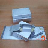 Het gevouwen Vakje van het Karton, het Document dat van de Gift Vakje, het Vouwbare Vakje van het Document vouwt (hbbo-3)