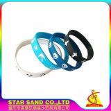 Wristband di gomma poco costoso del fornitore della Cina, braccialetto promozionale personalizzato del silicone